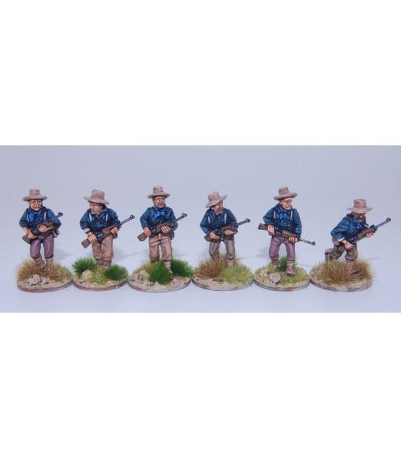 Caballería desmontada EE.UU./Rough Riders avanzando