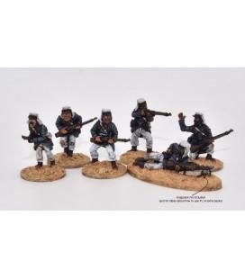 Légionnaires skirmishing, light field equipment