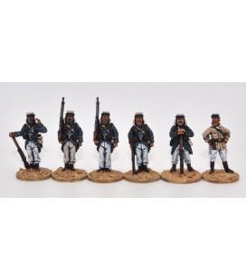 Légionnaires skirmishing, full marching order (knapsack)
