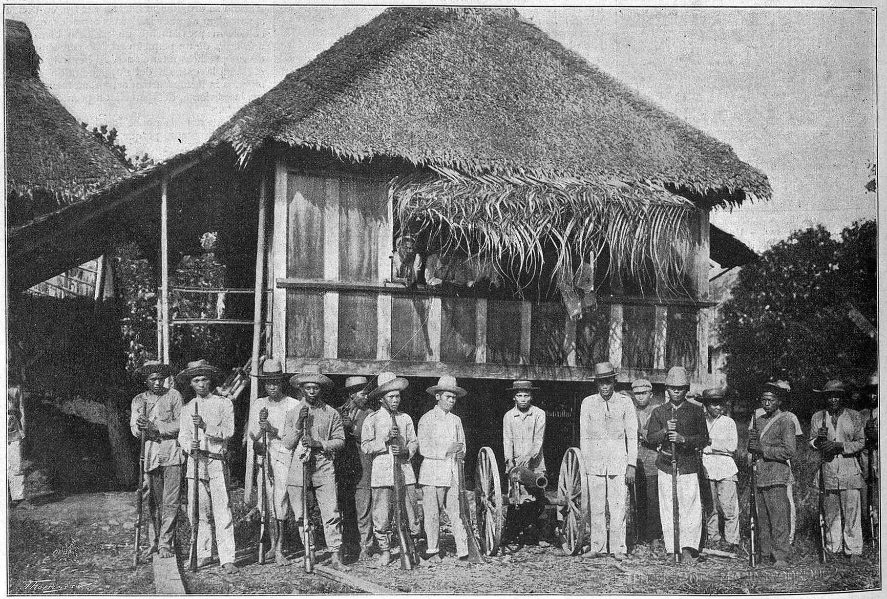 The troops of Lieutenant-Colonel Tecsón in Baler (May of 1899, La Ilustración Artística, M. Arias y Rodríguez)