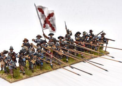 Spanish tercio attacking Thirty Years War Tercio español atacando guerra de los treinta años 28 mm miniatures miniaturas